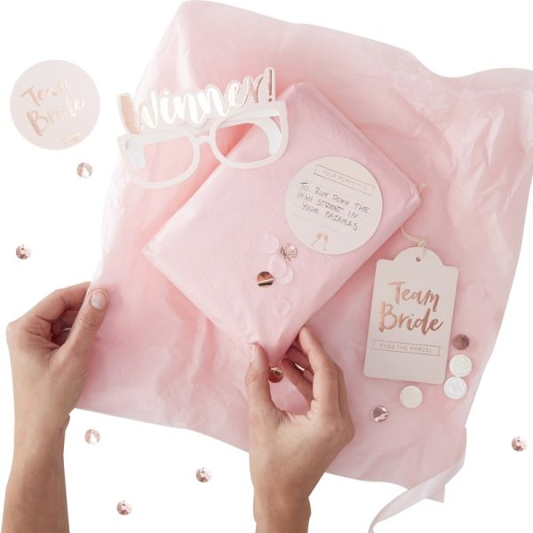 Pass The Parcel Hen Party Game Kit