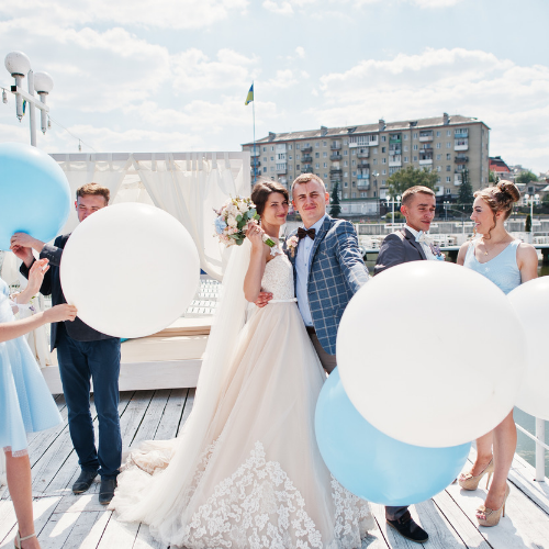 Stylish wedding balloons classy Best wedding decorations Bristol Bath Helium